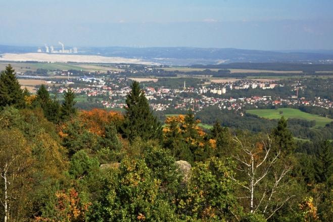 Hrádek nad Nisou a elektrárna Turów.