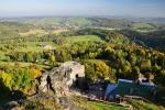 Pohled z Tolštejna na Jiřetín pod Jedlovou.