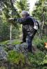 Zaklínač šumavských tisícovek při své práci na vrcholu Lapka.