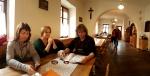 Hospoda Lötz v Rejštejně okupuje původní sklárnu.