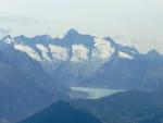 Dole na fotce je vidět kus Aletschského ledovce