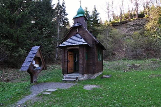 Kaple slouží jako pamatník obětem jesenických hor.