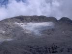Pod vrcholem Cimy Fradusty se ještě z posledních sil drží ledovec.