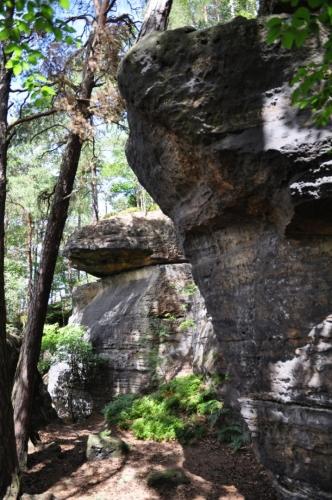 U Pytlácké jeskyně...