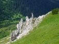 Pohled dolů do dlouhé doliny Zadné Meďodoly je úchvatný.