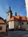 Ve Frenštátu stojí barokně orientovaná jednolodní stavba s představěnou hranolovou věží. Věž je kryta cibulovou bání. Těsně po dokončení byl vydrancován a vypálen. V roce 1740 byly k opravené stavbě přistavěny boční kaple. (www.mapy.cz)