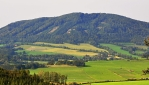 Červený kámen (690 m n. m.).