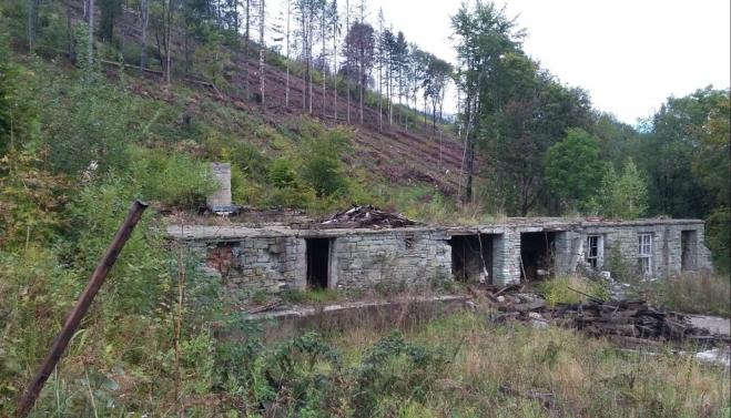 Penzion Solárka - zbytky chaty na Ondřejníku.