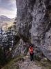 Stoupáme k Sulzkogelu (852 m n. m.). Za sebou máte první stovky výškových metrů, před sebou ještě více než 900 m.