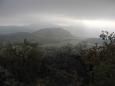 Zvláštní světlo ukazuje Kalich v Hobitím kraji, který bude druhým dnešním vrcholkem. Už se na něj těšíme...