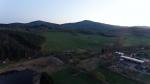 Velký Plešný (1 066 m n. m.) a Chlum (1 191 m n. m.)