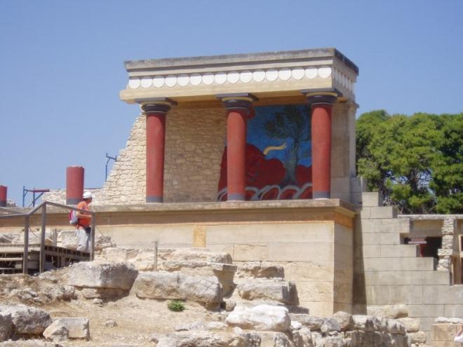 Zrekonstruovaná část paláce
