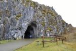 Vstupní brána do jeskyně Balcarka.