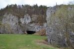 Hřebenáč a Sloupská jeskyně.