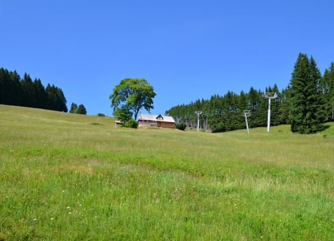 Lanovka z Velké Úpy k Portášovým boudám jezdí i v létě.