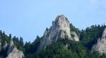 Na nejvyšší vrchol Tří Korun vede železné schodiště. A nahoře je stále plno.