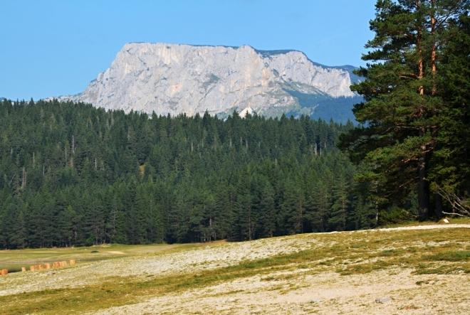 Stolová hora - Crvena greda, cíl dnešního výstupu.