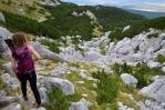 Po překonání Strugy následuje dlouhý sestup k Crno jezeru.