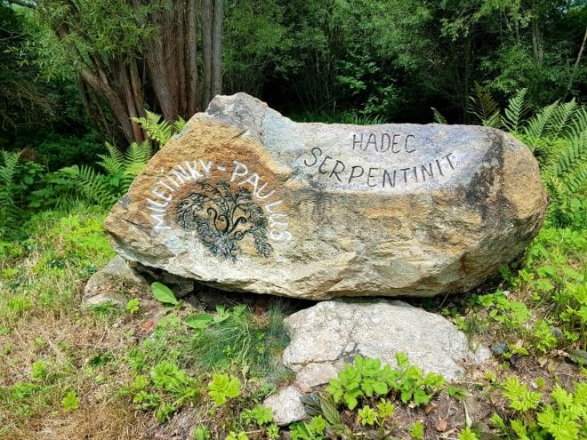 Miletínský serpentinit - hadec.