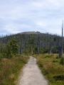 Na vrchol Luzného jde jen R.V., já s Lukim raději 200m výstup vzdáváme. Čeká nás i tak dost kilometrů.