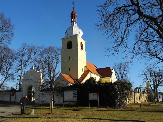 Původní trasu z Chelčic zkrátíme.