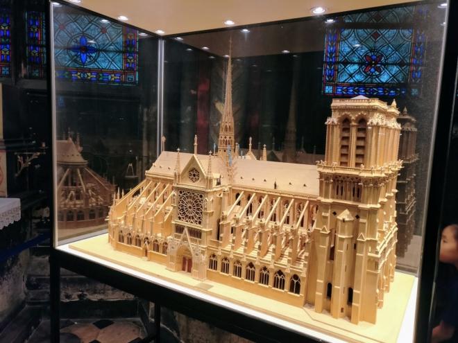 Zmenšenina Notre Dame
