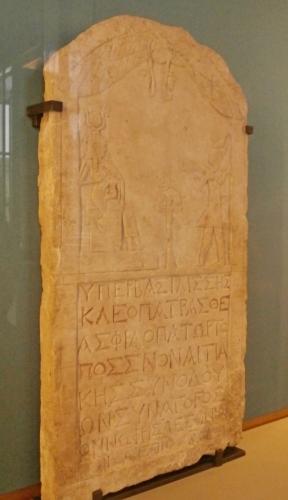 Deska s Kleopatrou