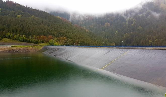 Dolní přečerpávací nádrž elektrárny Dlouhé stráně.