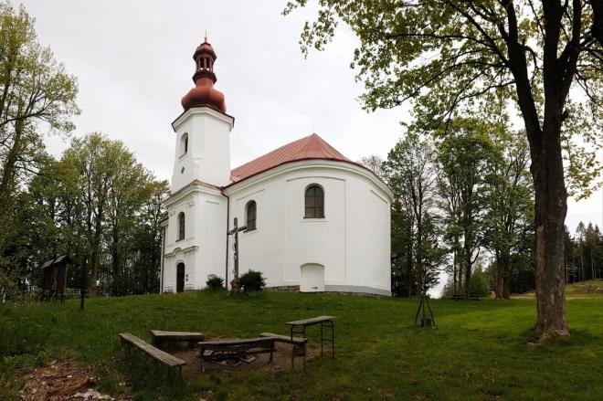Kostel sv. Anny na Adělské hoře.