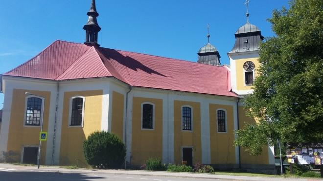 Kostel sv.Máří Magdaleny v Deštném.