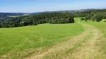 Cesta na Faistův kopec.