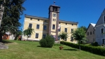 Obecní úřad, kde sídlí muzeum a informační středisko.
