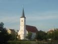 Kostel sv. Markéty (směr od hradu)