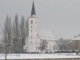 Kostel sv. Markéty (směr od hradu) v zimě