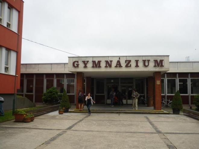 Gymnázium