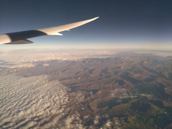 Bolivijské Andy po ránu. Viset nad takovouto krajinou je velmi příjemné.