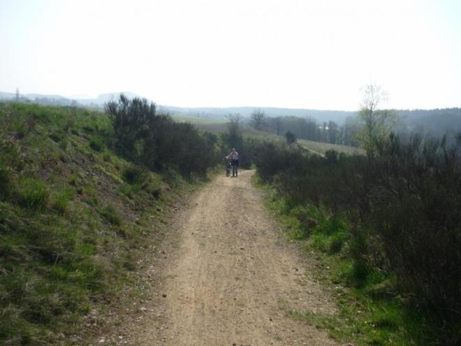 Cesta z Poříčí do Střelských Hoštic