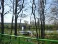Cestou za Sudoměří uvidíte rybníček s mostem