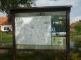 Ve vesničce je i mapa a něco i o zdejším místě