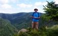 Na cholové skalce Tupého vrchu (1 123 m n. m.).