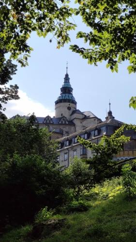 Obcházíme Frýdlantský zámek a hrad...