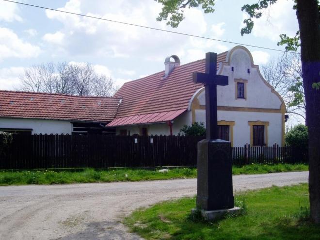 Pašice, právě v nich bydleli hlavní protagonisté Klostermannova románu.