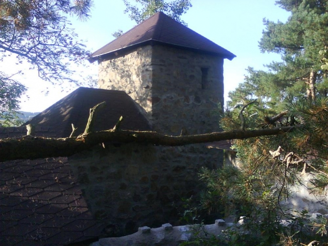 Věž, tentokrát však trochu z jiné strany