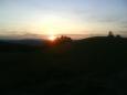 Slunce nám mává posledními paprsky a pobízí nás ke spěchu