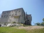 Pohled na katapult a část hradu
