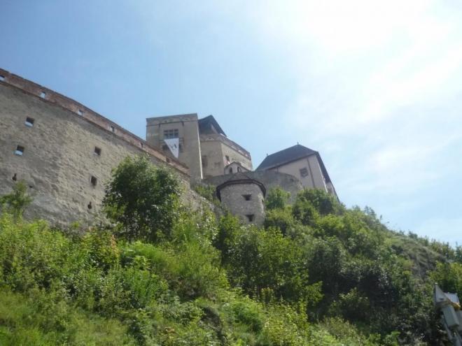 Pohled na hrad při výstupu