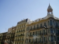 Antonio Gaudí, především díky svému mecenáši panu Güellovi, realizoval po městě celou řadu staveb, z nichž je několik zapsáno i do seznamu světového dědictví UNESCO.