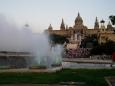 V Barceloně jsou i další zajímavá místa kam by se dalo zavítat jako je třeba ZOO, Mrakodrap Torre Agbar, Vila Olímpica – olympijská vesnice, Aréna na Plaça de Toros Monumental nabízí tak trochu jiné zápasy v historické aréně, býčí zápasy – corridu a samozřejmě i spoustu muzeí.Nás, stejně jako davy kolem, přivábila Magická fontána.