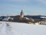 Kostel ve Volenicích v zimě