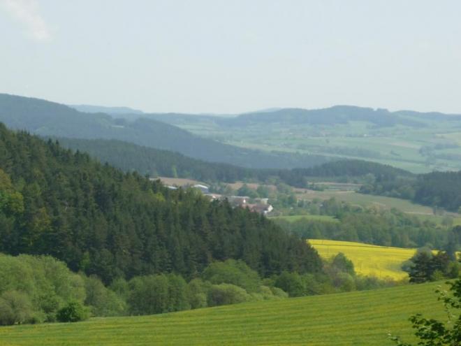 Vesnice za kopcem